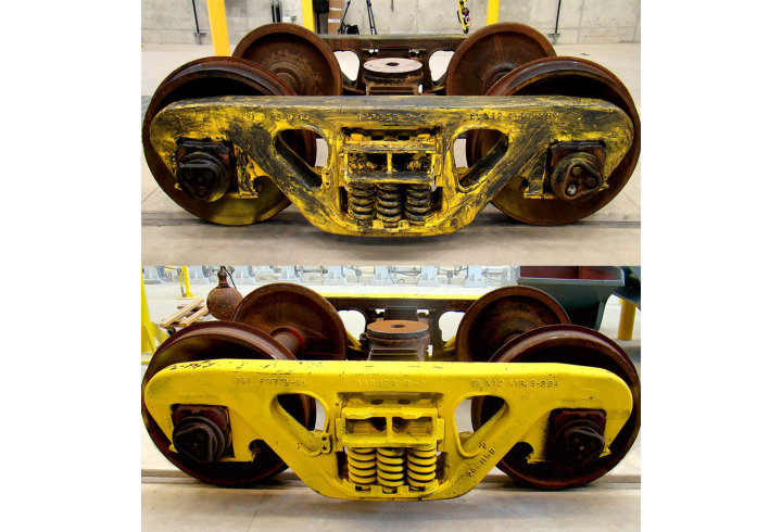 Before and after images of locomotive bogies washed with the PROCECO rail-fed bogie washer
